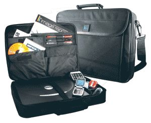 Case Gear: ProCase Essential 17 inch Notebook - Laptop bag - Carry case
